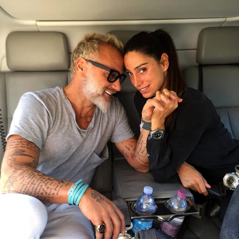 gianluca vacchi è single