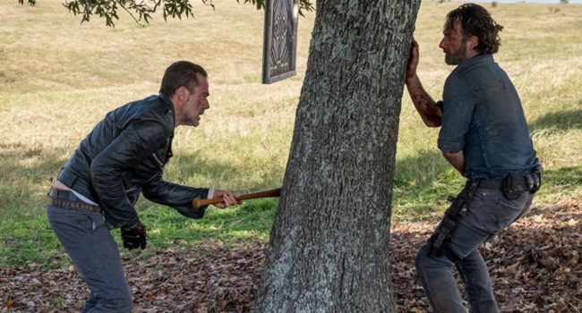 The Walking Dead: il ridicolo duello finale